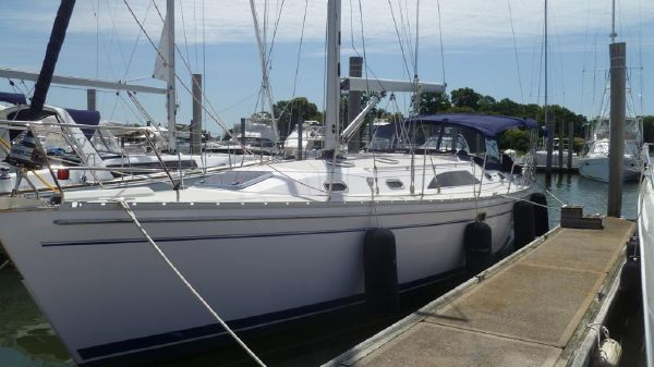Catalina 445 Port Bow at the Dock