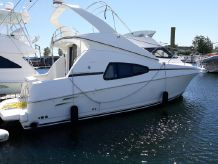 1999 Silverton 330 Sport Bridge