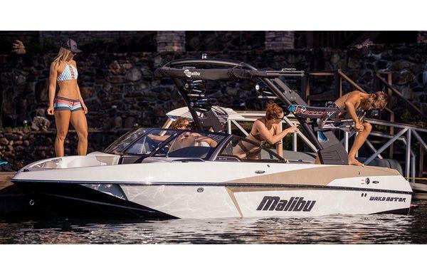 2018 Malibu Wakesetter 20 VTX