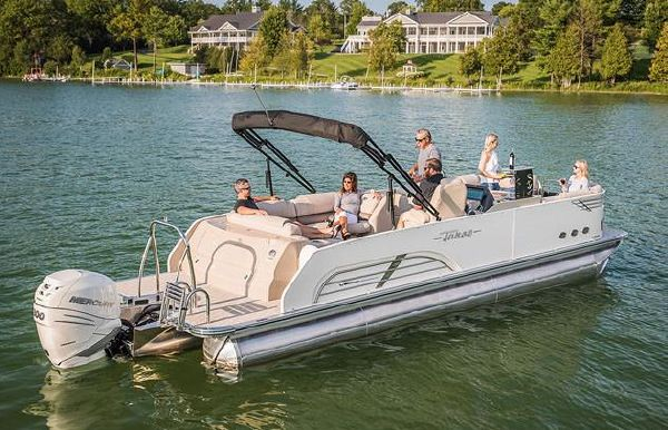 2018 Tahoe Pontoon Vision Rear J Lounge - 25'
