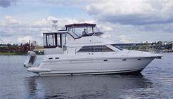 1999 Cruisers Yachts 3750