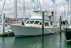 1998 Offshore Yachts Yachtfisher