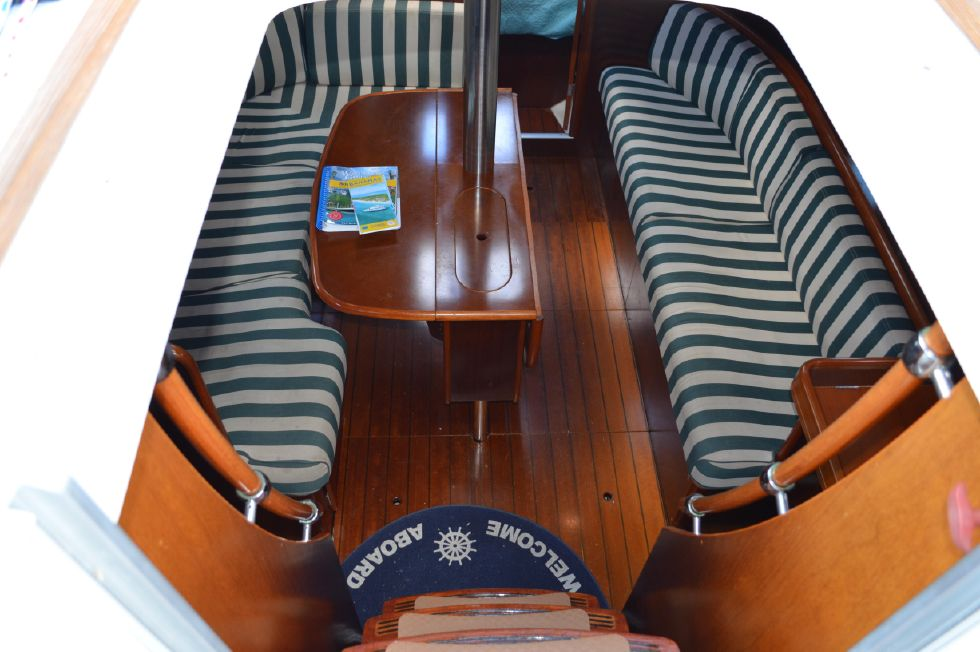 Beneteau 36 CC Salon from Companionway