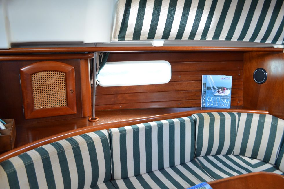 Beneteau 36 CC Port Settee Cabinetry