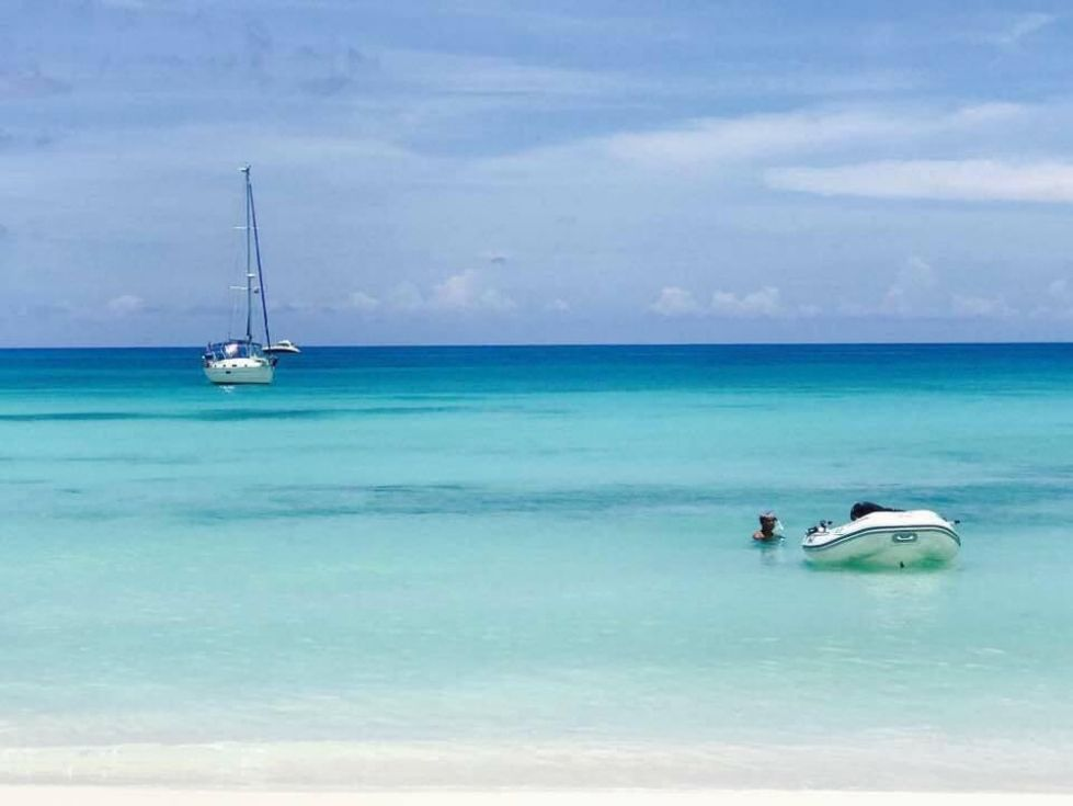 Beneteau 36 CC In the Bahamas