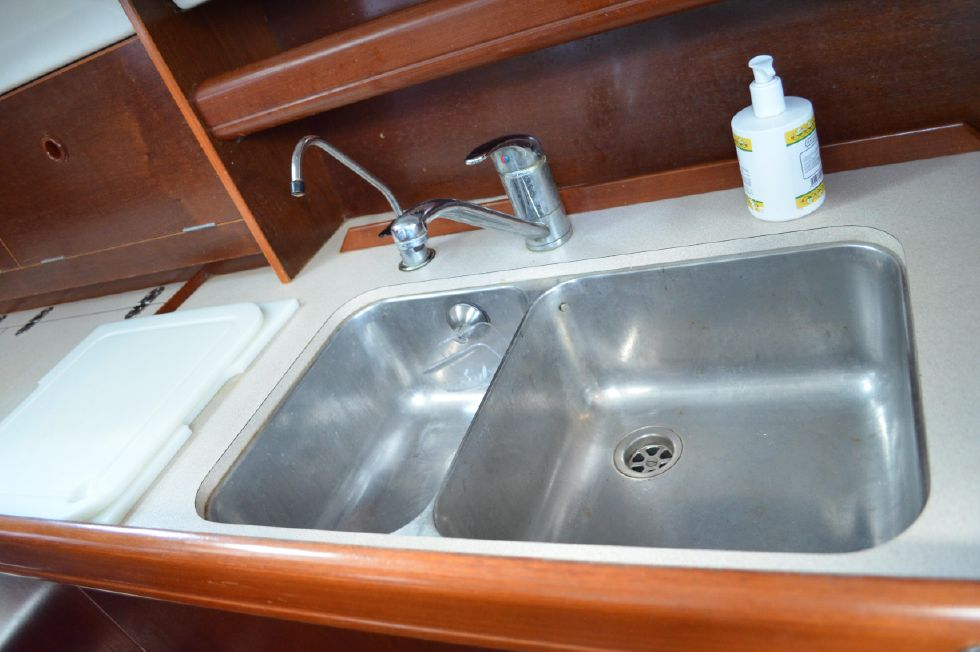 Beneteau 36 CC Stainless Double Sink