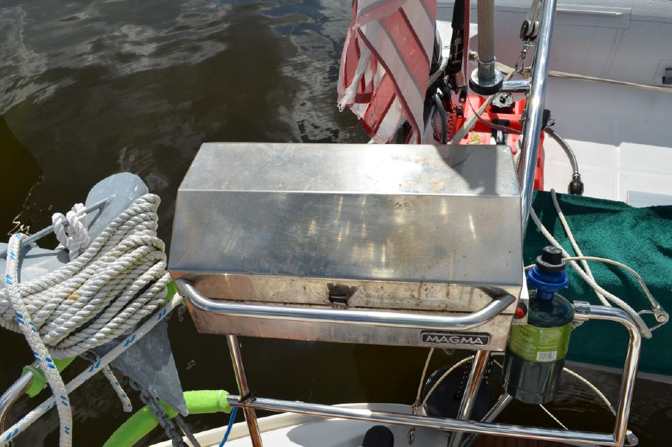 Beneteau 36 CC Magma Barbeque