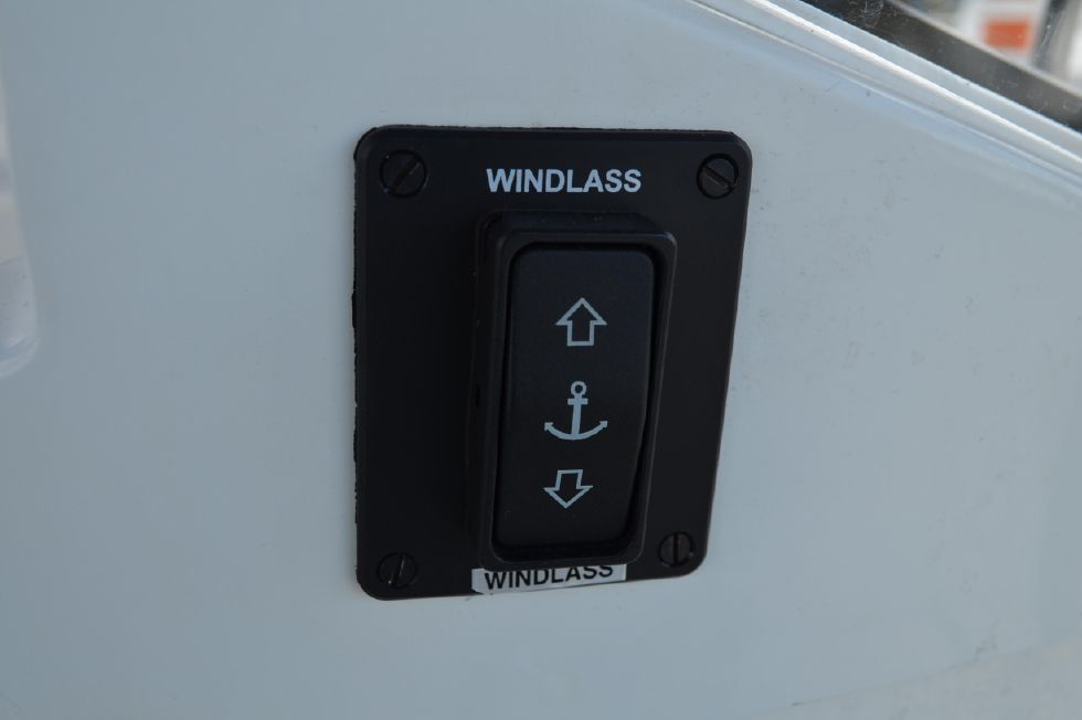Beneteau 36 CC Cockpit Anchor Windlass Control