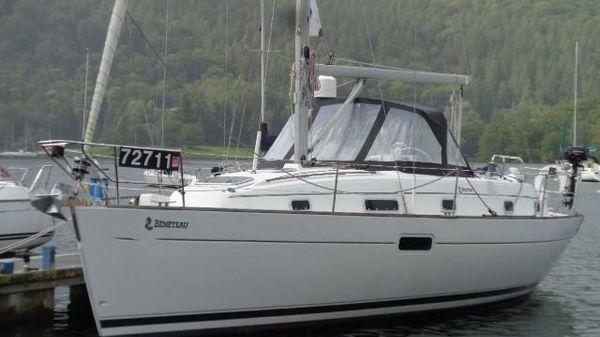 Beneteau Oceanis 36 CC Beneteau Oceanis 36CC - Cartel of Exeter