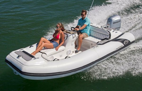 2018 Walker Bay Generation 450 DLX