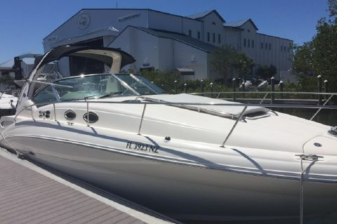 2003 Sea Ray 320 Sundancer - Starboard Forward View