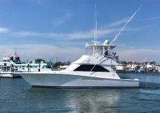 2005 Viking 45 Convertible