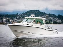 2020 Boston Whaler 315 Conquest Pilothouse