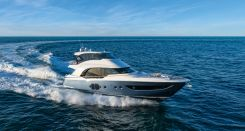 2020 Monte Carlo Yachts MCY 70 Skylounge