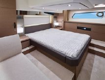 2022 Prestige 460 Fly