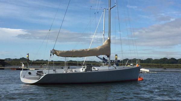 Maxi Dolphin MD 33 Maxi Dolphin MD 33
