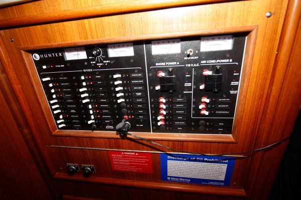 2002 Hunter 456 - Electrical Panel