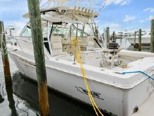 2002 Boston Whaler 350 Defiance