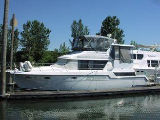 1991 Carver 430 Cockpit Motor Yacht