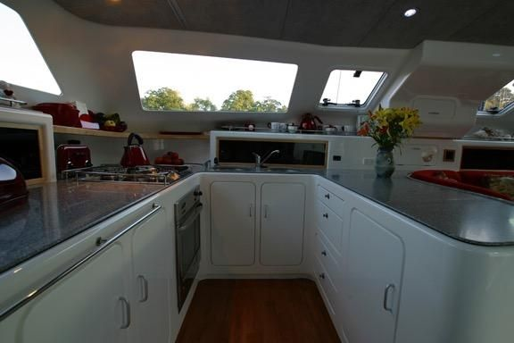 2005 Voyage Yachts 500 Owner's Version - Galley 2