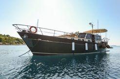 1981 Motor Yacht MAESTRALE II