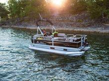 2020 Sun Tracker BASS BUGGY® 16 DLX