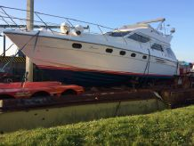1997 Marine Projects Princess 480