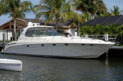 2004 Sea Ray Sundancer 550 Express Cruiser