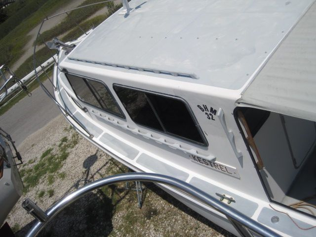 Cabin top with cockpit awning