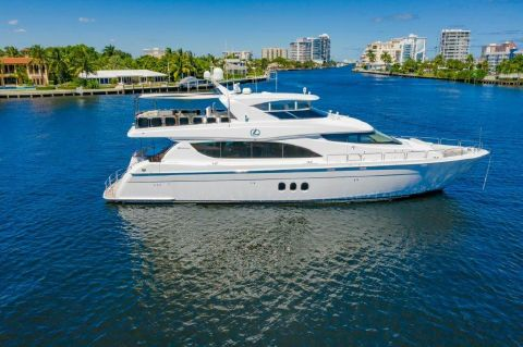 2013 Hatteras Motor Yacht - Profile at Anchor