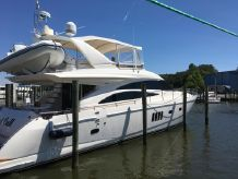 2005 Viking Princess 67 Vikng Sport Cruiser by Princess