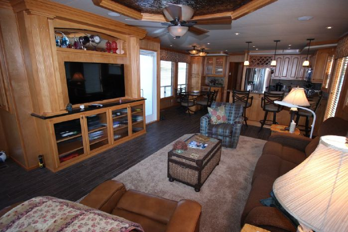 2014 Thoroughbred BoatsalesListing Sell