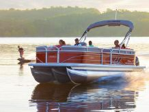 2020 Sun Tracker PARTY BARGE® 22 XP3
