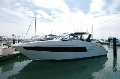 2016 Cruisers Yachts 390EXPRESS