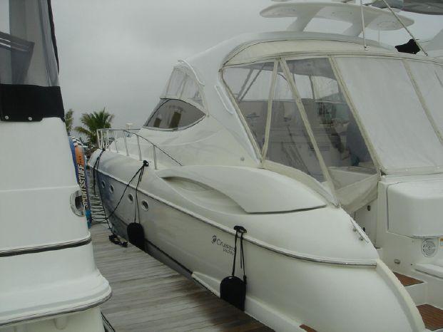 2003 Cruisers Yachts Purchase Brokerage