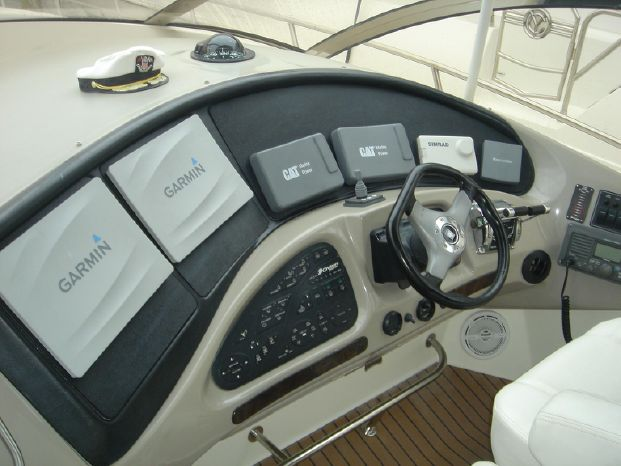 2003 Cruisers Yachts Purchase Sell