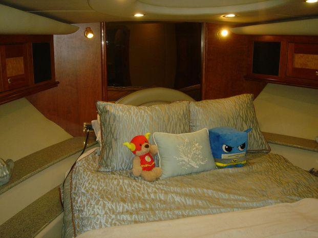 2003 Cruisers Yachts Brokerage Maine