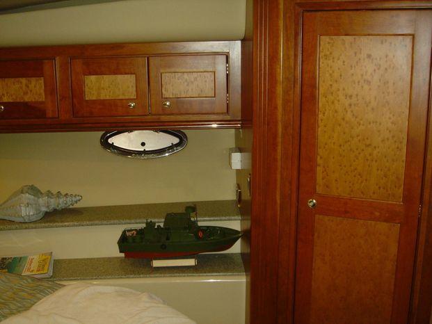 2003 Cruisers Yachts Brokerage New England