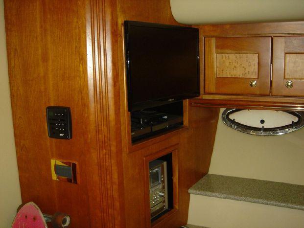 2003 Cruisers Yachts BoatsalesListing Brokerage