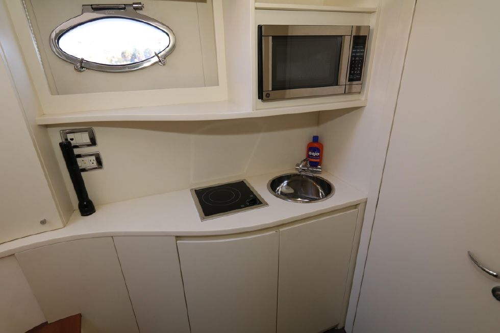 2009 Pershing 72 - Crew Galley
