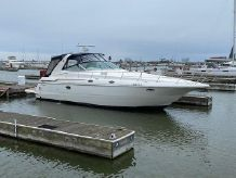1999 Cruisers Yachts 3870