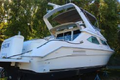 1995 Sea Ray 440 Express Bridge