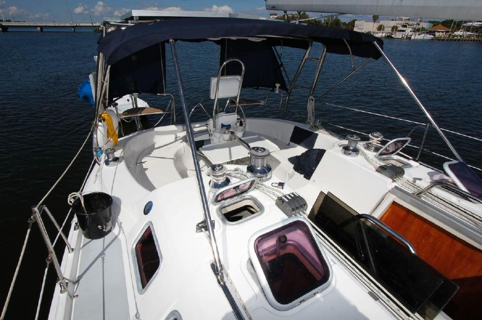 Hunter 386 Bimini