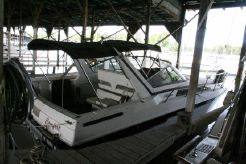 1988 Trojan 8.6 Meter Mid-Cabin