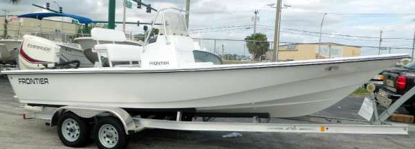 Frontier Boats 2104 Meridian CC w 150hp Evinrude E-TEC