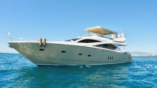 Sunseeker 82 Yacht PRISTINE 82' SUNSEEKER YACHT