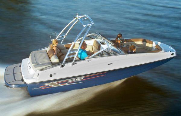 2018 Bayliner 195 Deck Boat