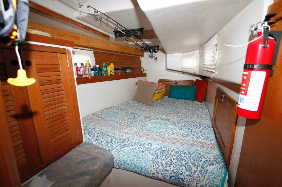 Catalina 42 Starboard Quarter Berth