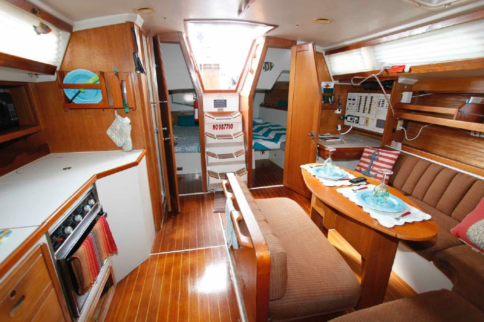 Catalina 42 Salon looking aft
