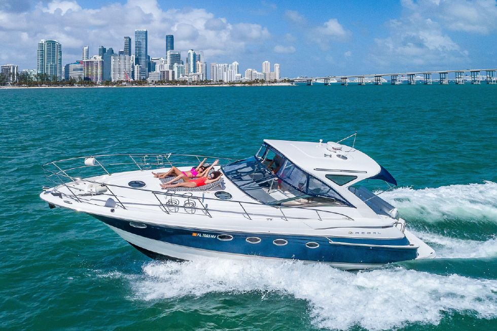 Explore Regal boats for sale  View this 2007 Regal 4460